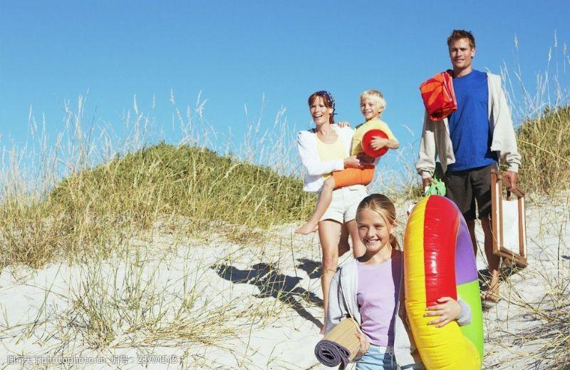 人物高清图片海边度假