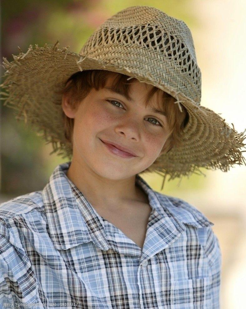 雀斑微笑的孩子图片